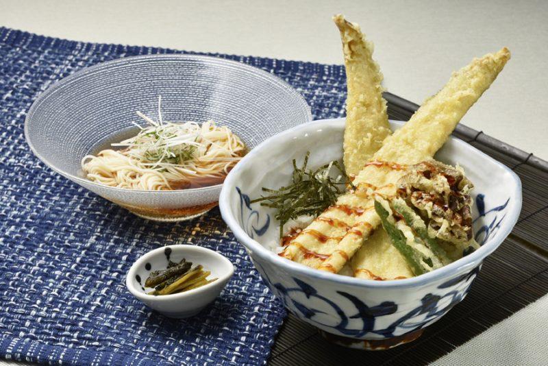 穴子天丼とミニ素麺