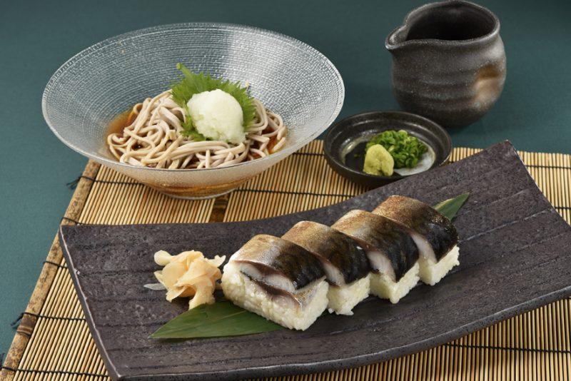 鯖の棒寿司とミニおろし蕎麦