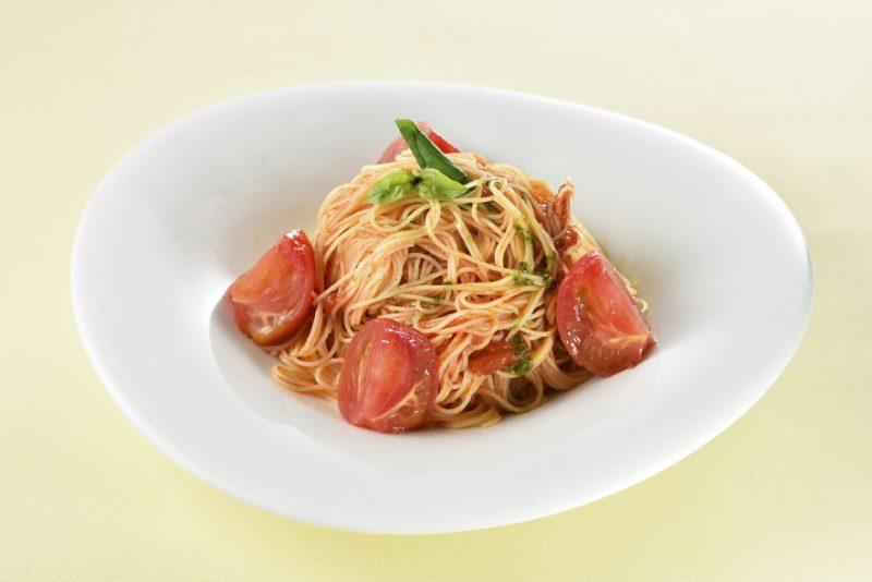6月おすすめ「フルーツトマトとバジル」のカッペリーニ